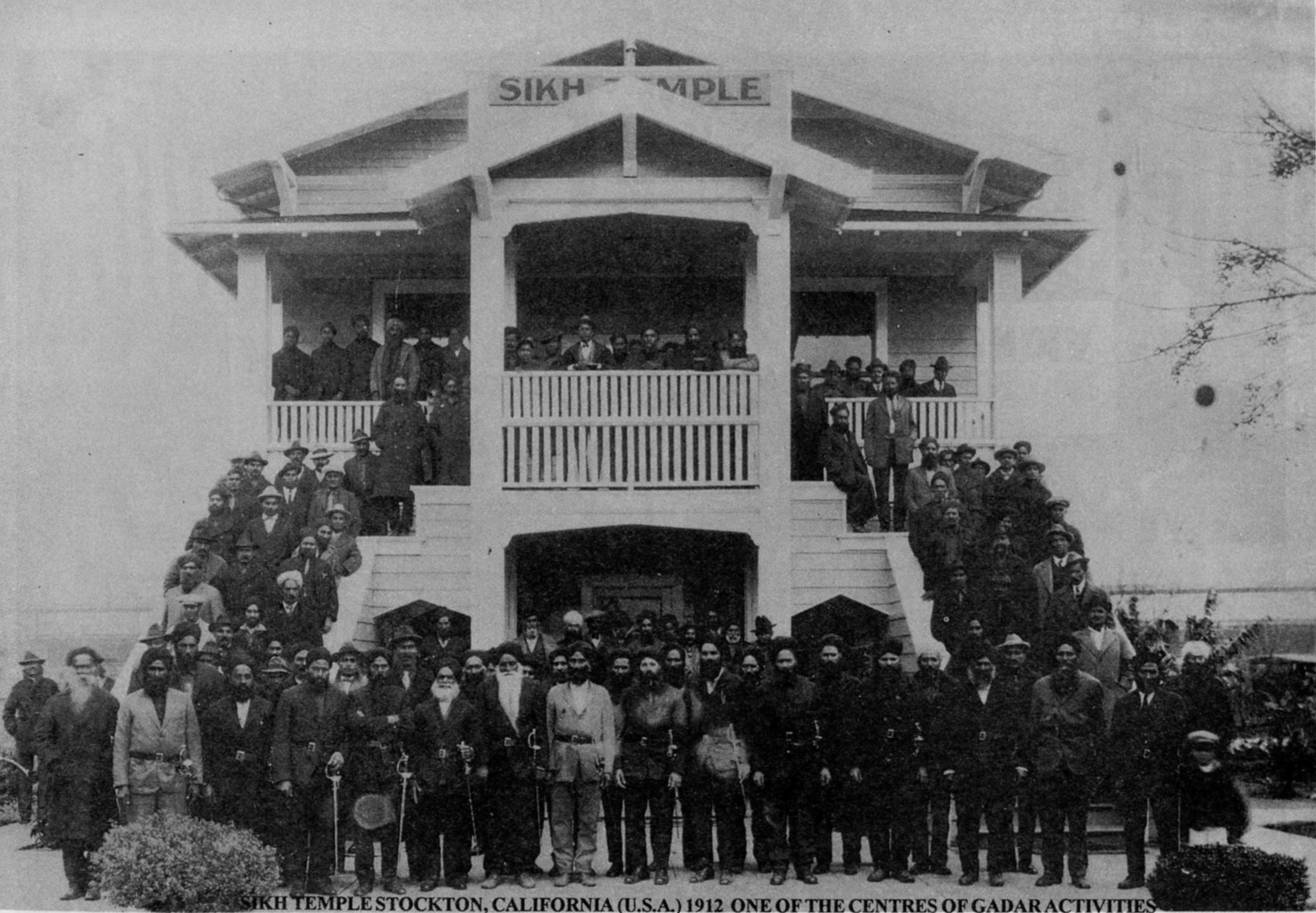 history and experience of the sikh Sikh immigration history in california is profoundly dichotomous and can be divided into two general, extremely contrasting periods the first extended from the turn-of-the-century until 1965, characterized by an initial decade of open immigration (1900-1910) shaped by four interrelated but fluid forces.